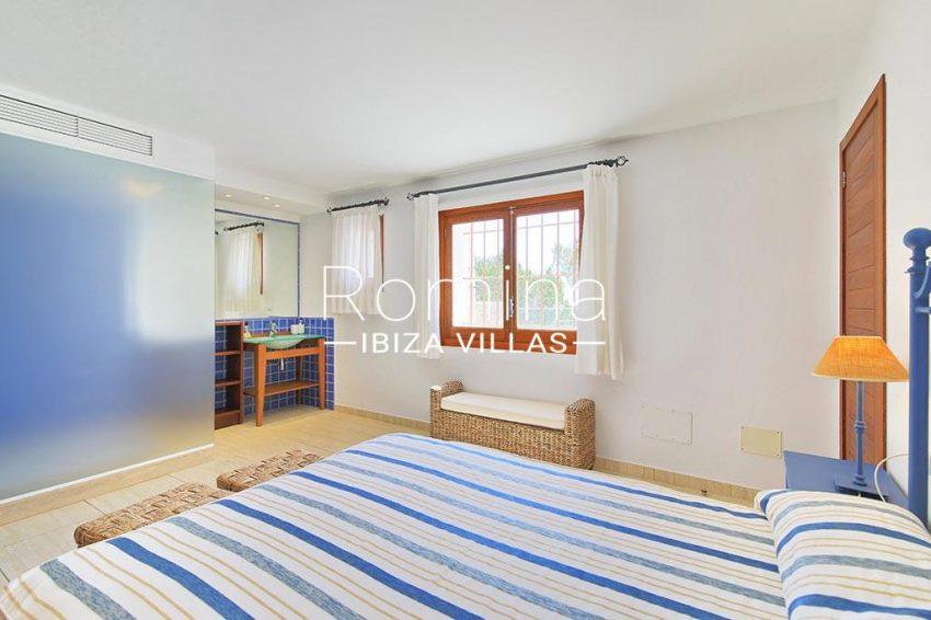romina-ibiza-villas-rv-893-81-villa-mimosa-4bedroom3bis