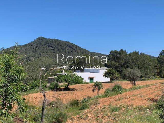 romina-ibiza-villas-rv-895-81-finca-can-pep-1facade view hills