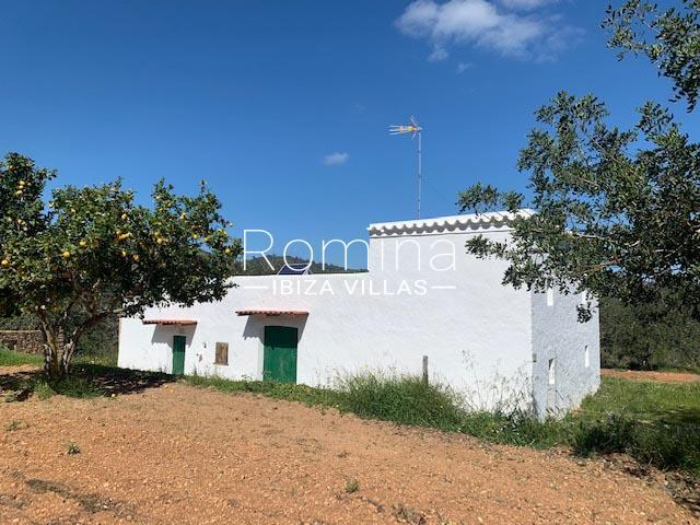 romina-ibiza-villas-rv-895-81-finca-can-pep-2facade