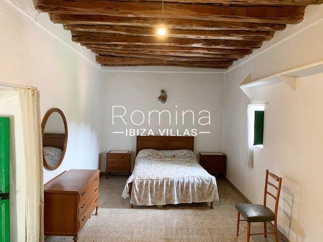 romina-ibiza-villas-rv-895-81-finca-can-pep-4bedroom2