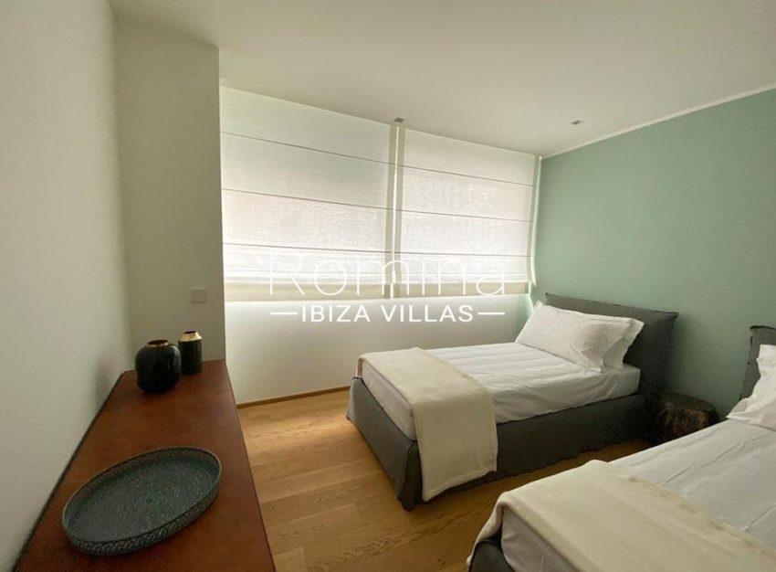 romina-ibiza-villas-rv-898-73-apto-dean-4bedroom twin
