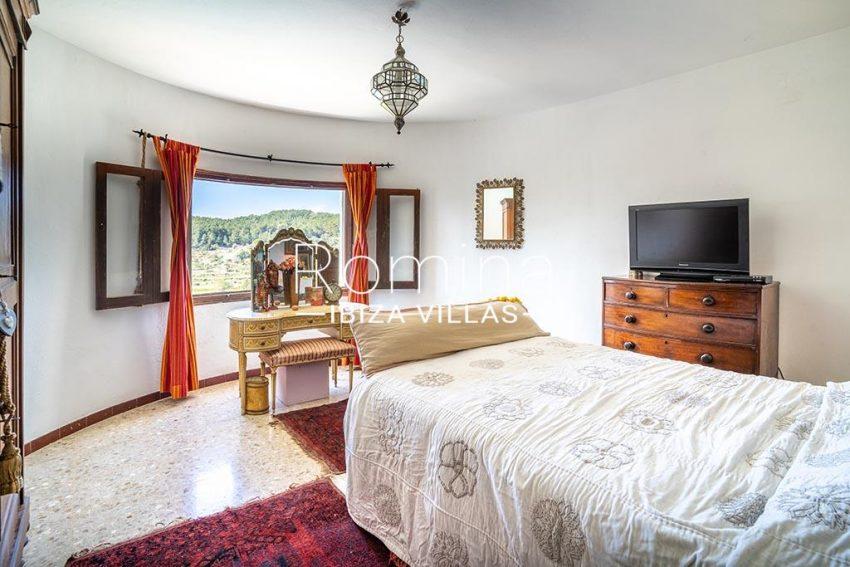 romina-ibiza-villas-rv-899-94-villa-clematis-4bedroom1 view hills