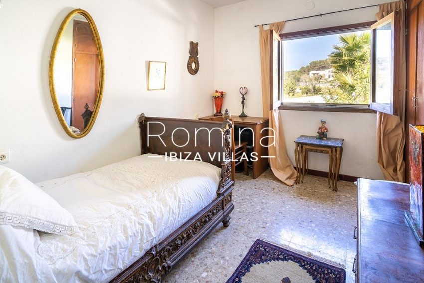 romina-ibiza-villas-rv-899-94-villa-clematis-4bedroom3