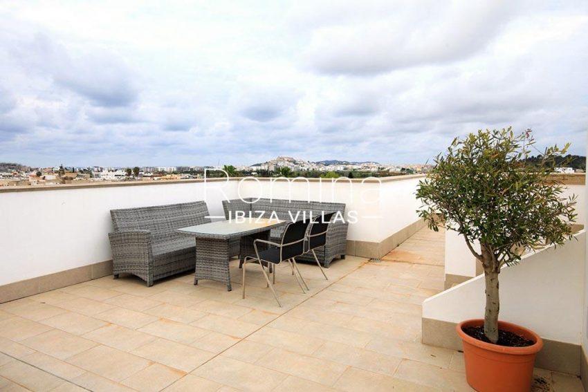 romina-ibiza-villas-rv-903-93-atico-park-1rooftop terrace view2