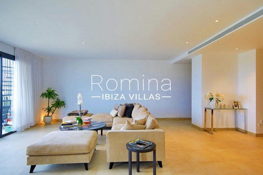 romina-ibiza-villas-rv-903-93-atico-park-3living room2