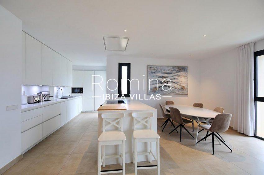 romina-ibiza-villas-rv-903-93-atico-park-3zdining room kitchen2