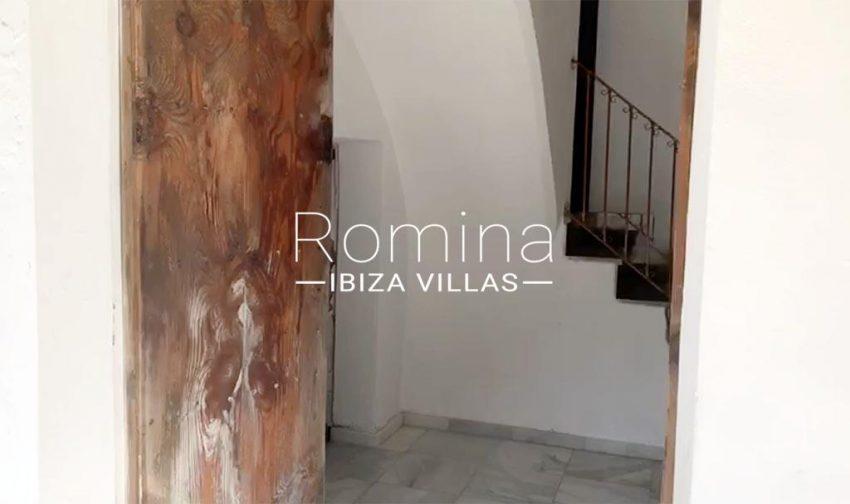 romina-ibiza-villas-rv-909-81-finca-ca-toni-den-fornas-2entrance hall