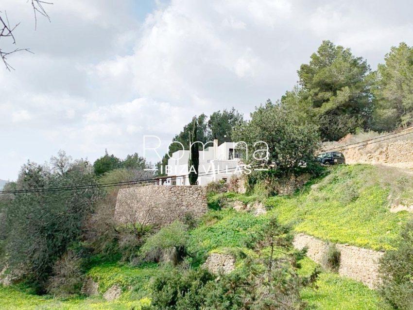 romina-ibiza-villas-rv-909-81-finca-ca-toni-den-fornas-2facade garden