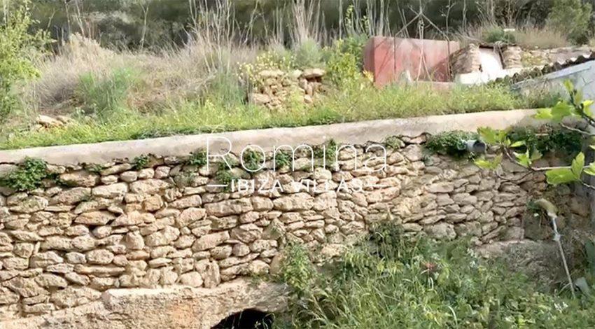 romina-ibiza-villas-rv-909-81-finca-ca-toni-den-fornas-2garden stone wall
