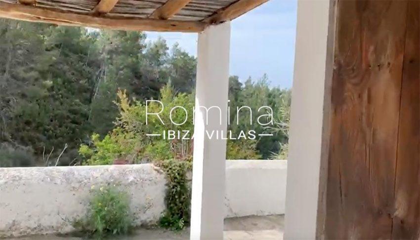 romina-ibiza-villas-rv-909-81-finca-ca-toni-den-fornas-2porch2