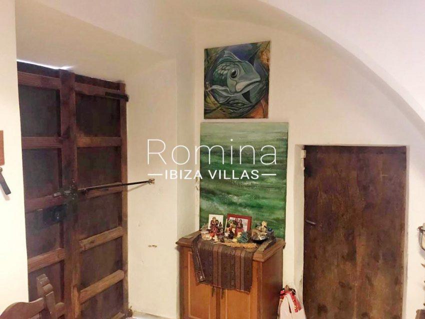 romina-ibiza-villas-rv-909-81-finca-ca-toni-den-fornas-3entrance