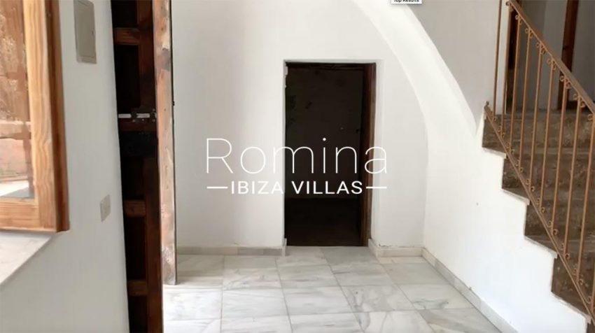 romina-ibiza-villas-rv-909-81-finca-ca-toni-den-fornas-3entrance hall