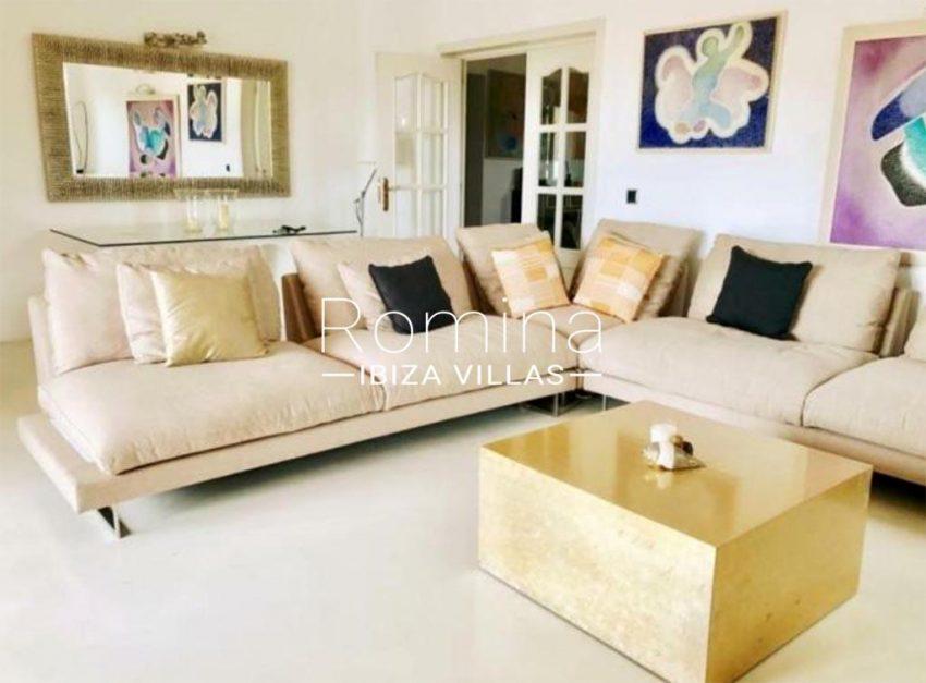 romina-ibiza-villas-rv-910-05-can-garrovers-3living room