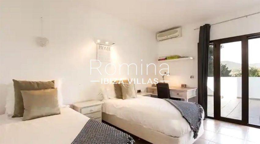 romina-ibiza-villas-rv-910-05-can-garrovers-4bedroom twin