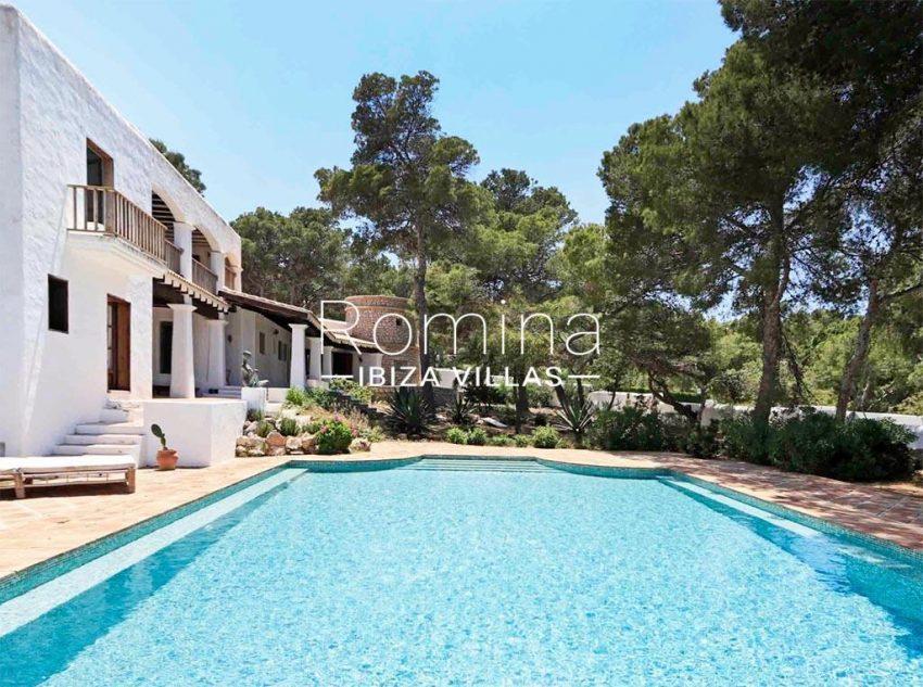 romina-ibiza-villas-rv-912-57-villa-calanta-2pool facade tower garden