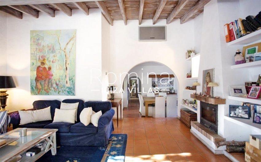 romina-ibiza-villas-rv-912-57-villa-calanta-3living room fireplace dining room