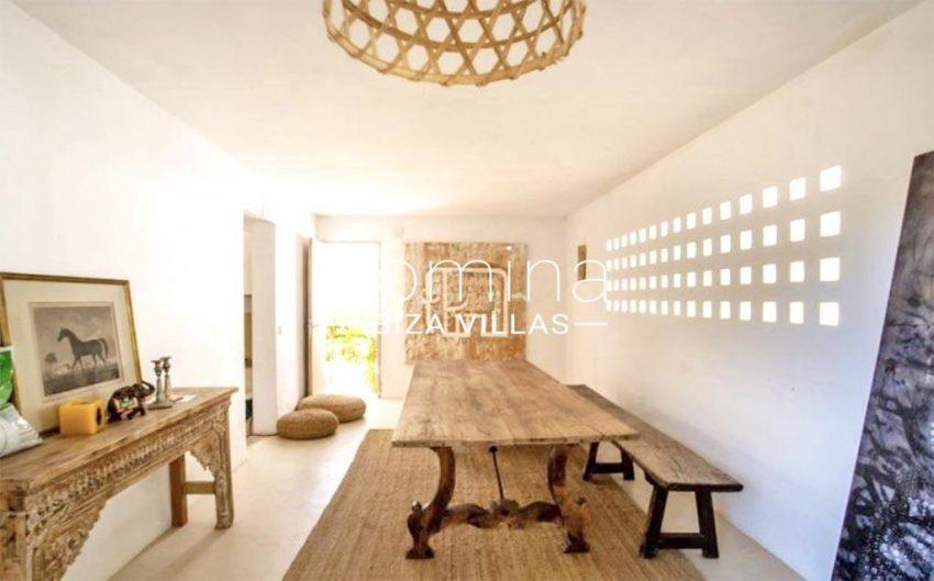 romina-ibiza-villas-rv-912-57-villa-calanta-3zdining room2