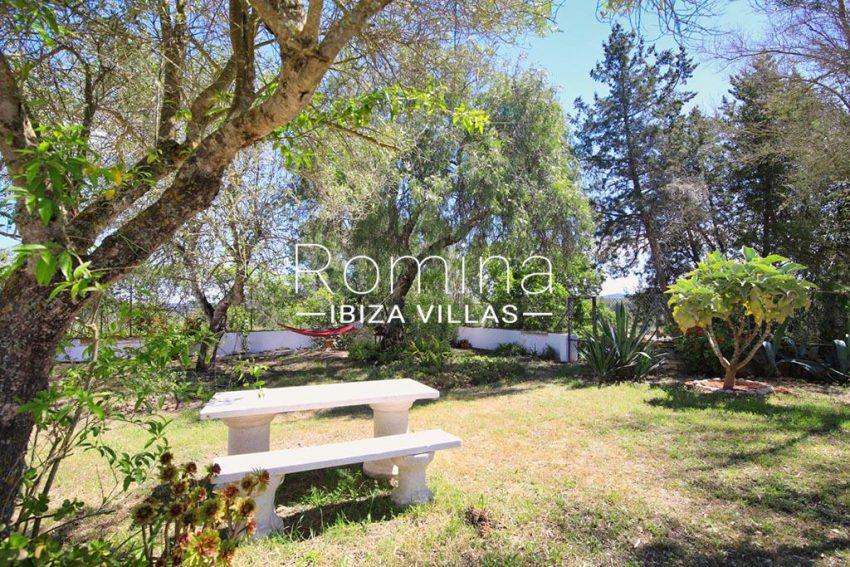 romina-ibizavillas-rv-911-01-casa-alzahar-2garden table bench