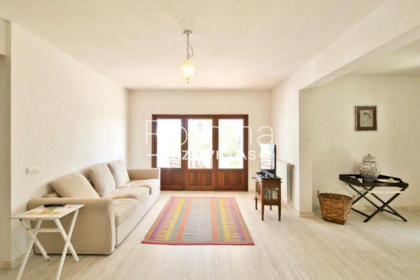 romina-ibizavillas-rv-911-01-casa-alzahar-3living room
