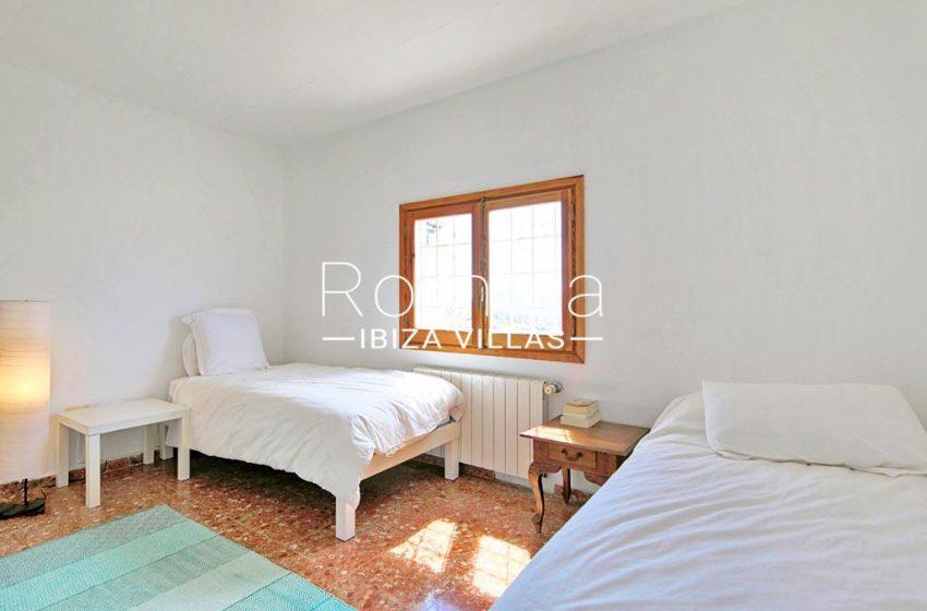 romina-ibizavillas-rv-911-01-casa-alzahar-4bedroom1