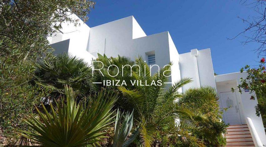 romina-ibiza-villas-rv-881-30-casa-boj-2facade entrance door