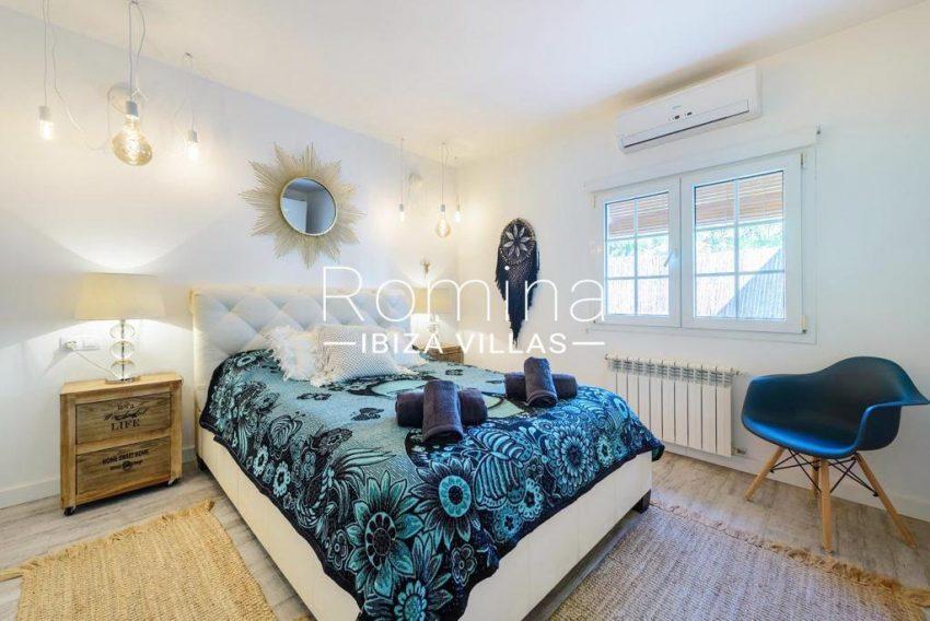 romina-ibiza-villas-rv-914-06-villa-azulita-4bedroom2bis
