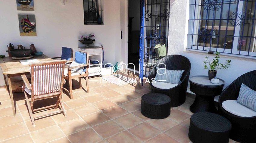 romina-ibiza-villas-rv881-30-casa-boj-2terra ce lounge dining area