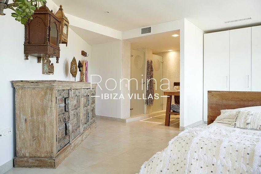 romina-ibiza-villa-rv-918-56-apto-paseo-marina-4bedroom1 bathroom