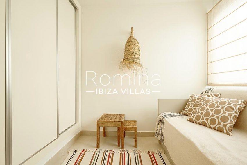 romina-ibiza-villa-rv-918-56-apto-paseo-marina-4bedroom3