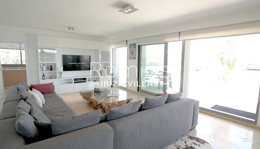 romina-ibiza-villas-rv-915-71-atido-paso-mar-3living room1