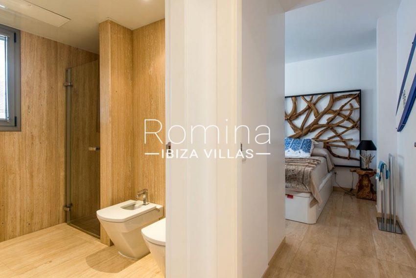 romina-ibiza-villas-rv-915-71-atido-paso-mar-5shower room bedroom3