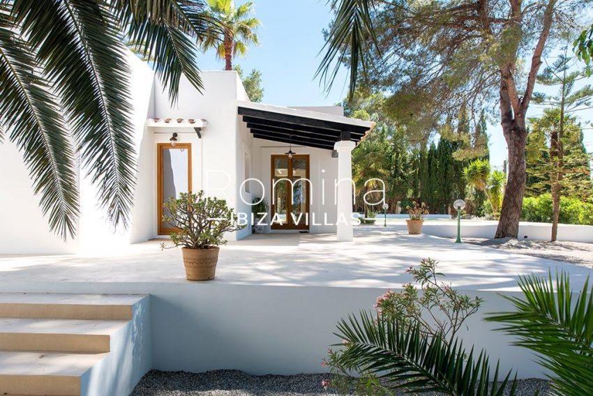 romina-ibiza-villas-rv-916-33-villa-es-paradis-2pool terrace