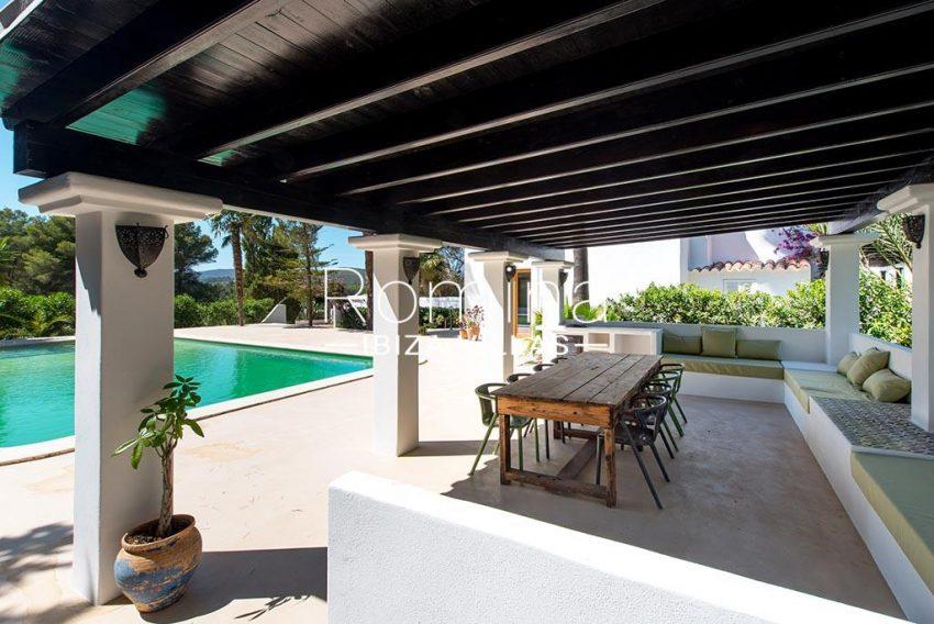 romina-ibiza-villas-rv-916-33-villa-es-paradis-2terrace chill out dining sitting area