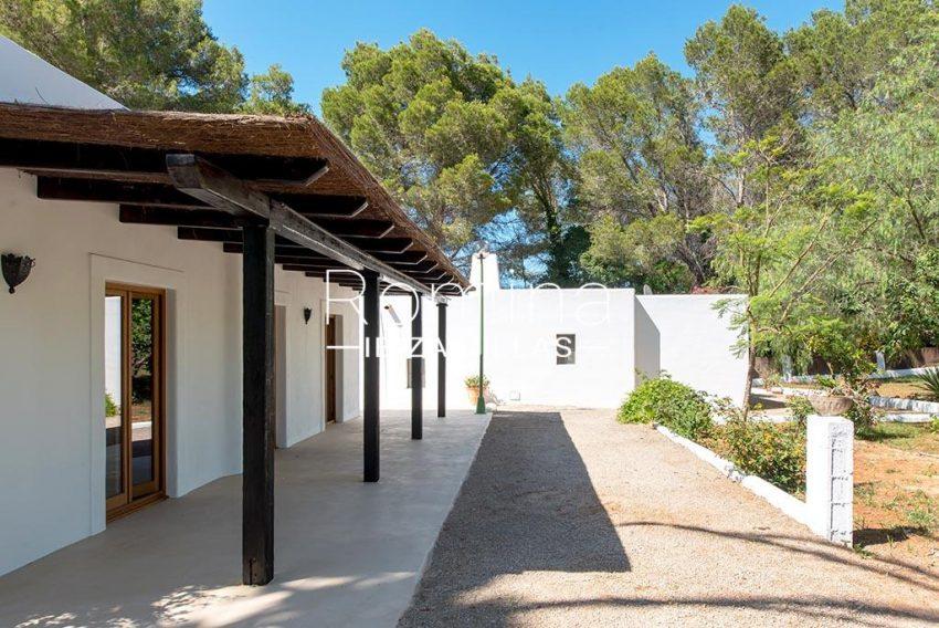 romina-ibiza-villas-rv-916-33-villa-es-paradis-2terrace pergola