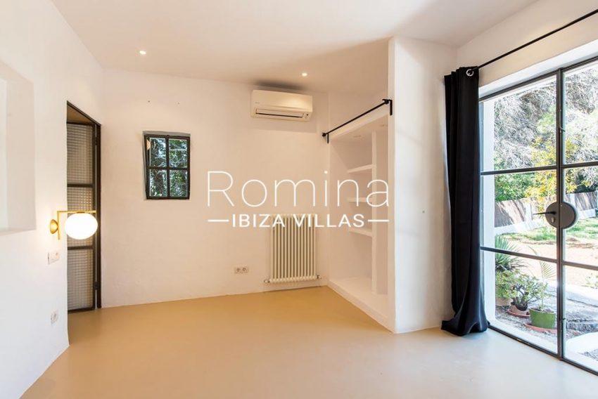 romina-ibiza-villas-rv-916-33-villa-es-paradis-4bedroom2 guest house