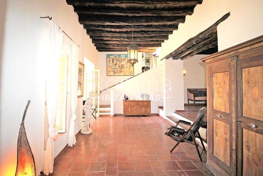 romina-ibiza-villas-rv-919-61-can-karolina-3living room2