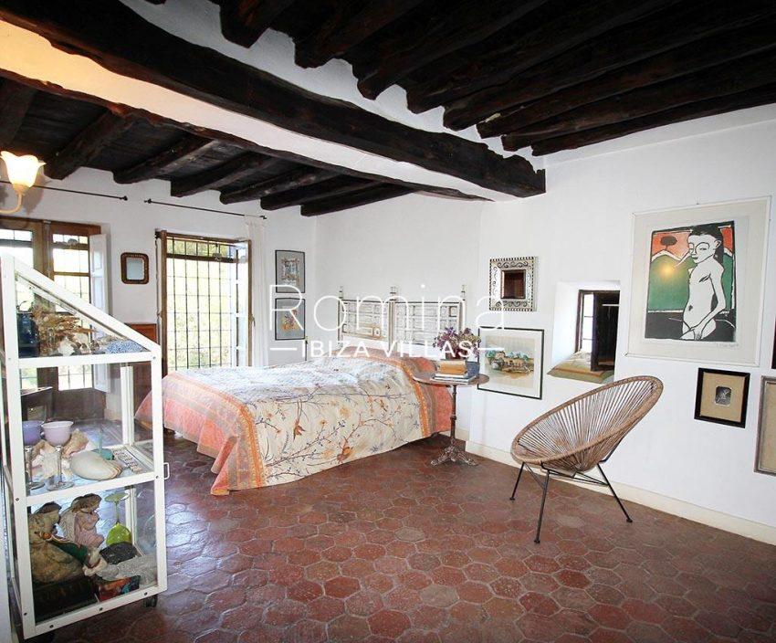 romina-ibiza-villas-rv-919-61-can-karolina-4bedroom1bis