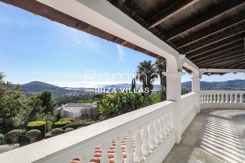 romina-ibiza-villas-rv-920-22-1terrace sea view3