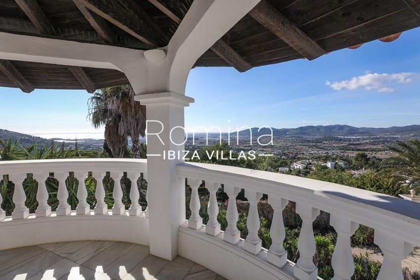 romina-ibiza-villas-rv-920-22-1terrace sea view4