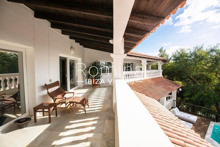 romina-ibiza-villas-rv-920-22-2terrace upper floor