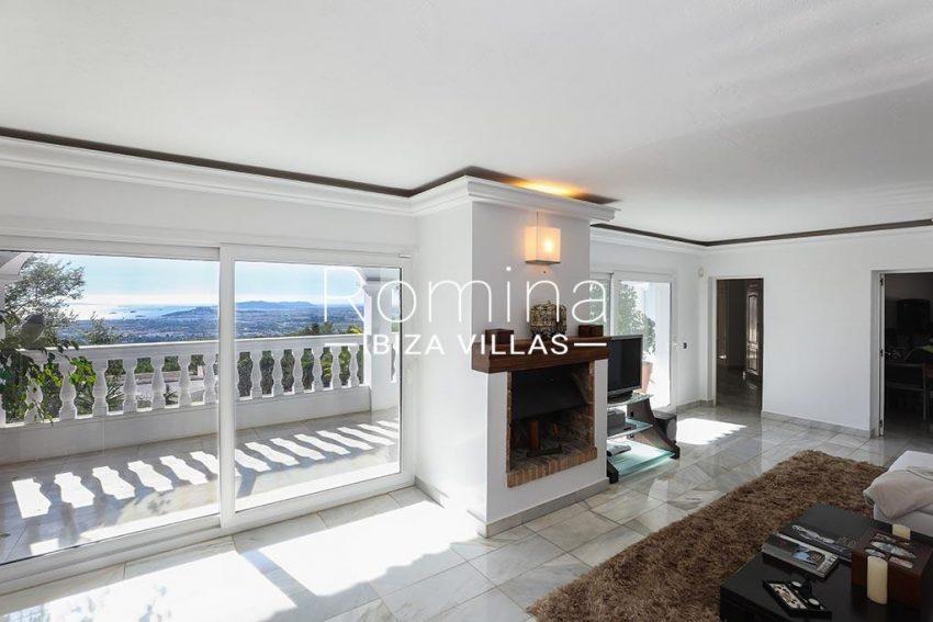 romina-ibiza-villas-rv-920-22-3living room fireplace