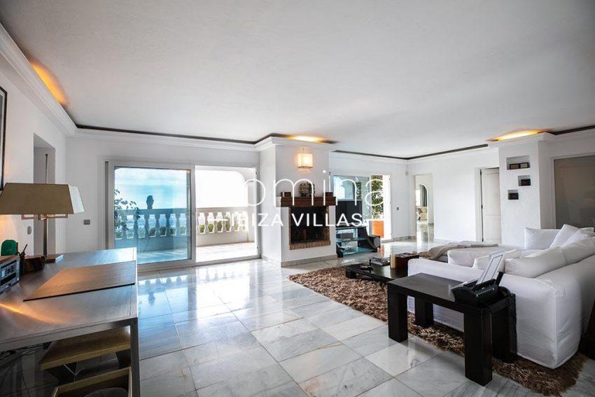 romina-ibiza-villas-rv-920-22-3living room fireplace3