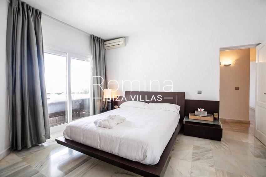 romina-ibiza-villas-rv-920-22-4bedroom3