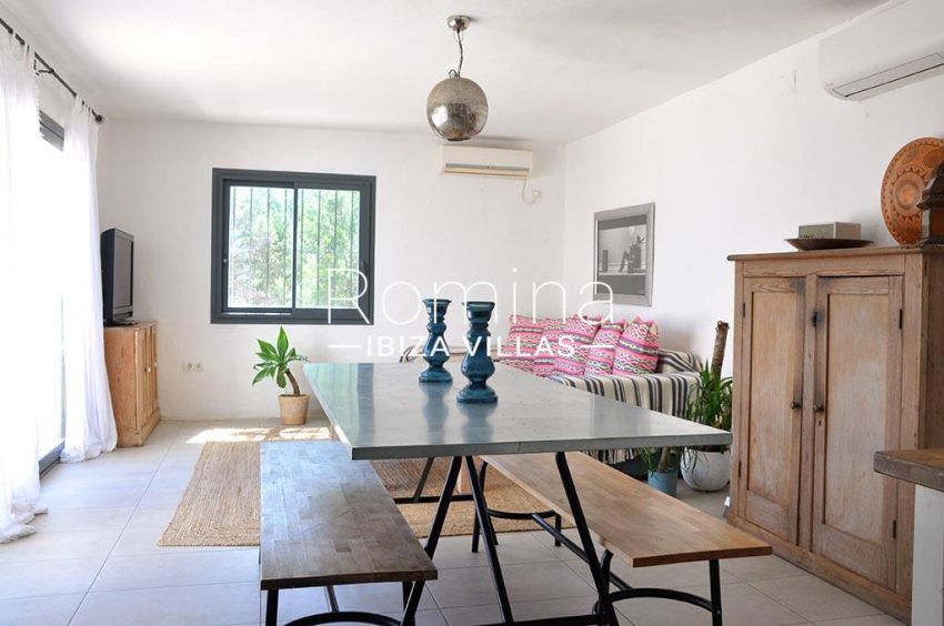 romina-ibiza-villas-rv-921-96-villa-patchwork-3living dining room
