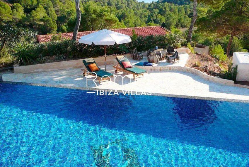 can-fusta-rv706-2pool-terrace