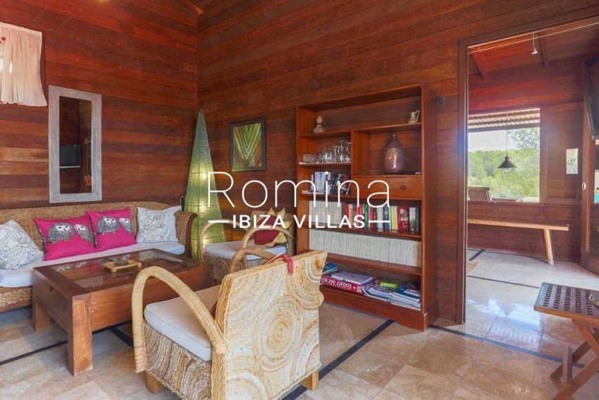can-fusta-rv706-3living-room-library