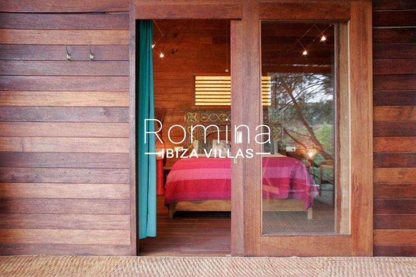can-fusta-rv706-4bedroom1