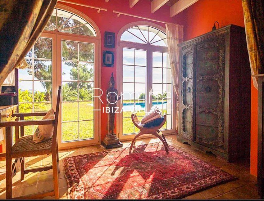 romina-ibiza-villas-rv-897-01-villa-mariola-4bedroom1
