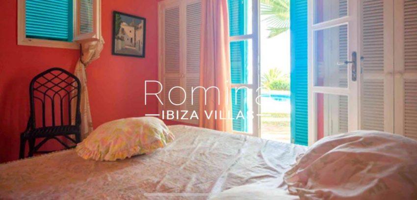 romina-ibiza-villas-rv-897-01-villa-mariola-4bedroom3