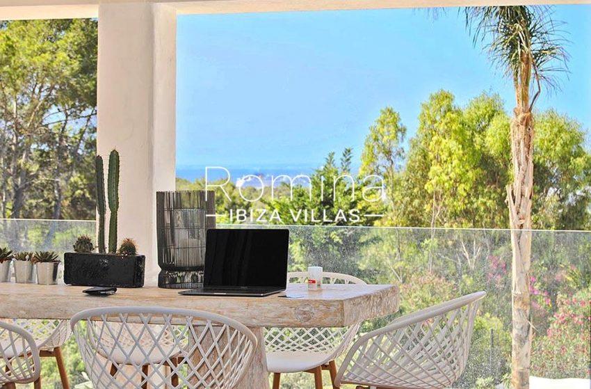 romina-ibiza-villas-rv-923-24-villa-banan-1terrace dining area sea view